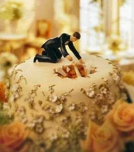 Cake toppers, wedding cakes, brides